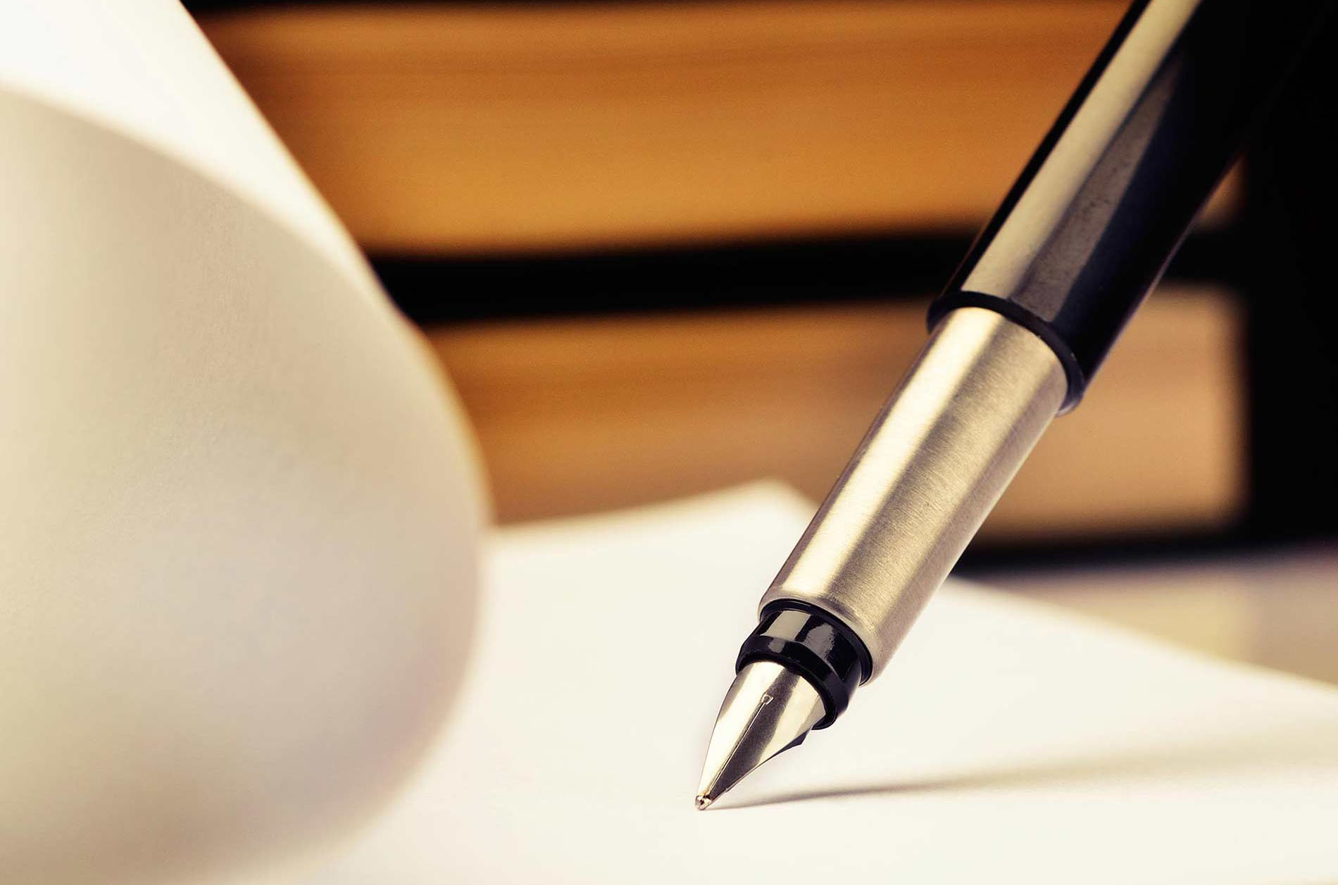 Singing Notary with Pen